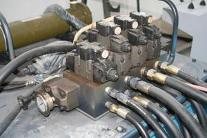 Hydraulic-